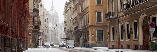 Парламент в снегу, Будапешт, Венгрия