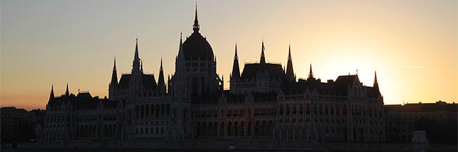 Здание парламента на рассвете, Будапешт, Венгрия