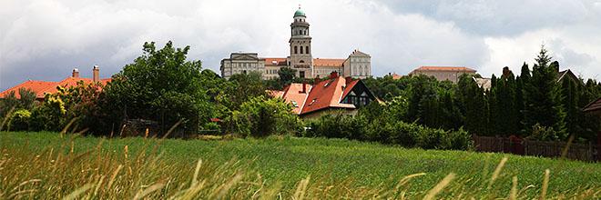 Паннонхалмское аббатство, Венгрия. гид по Будапешту