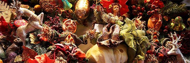 Магазин Рождества, игрушки на ёлку всех видов и мастей