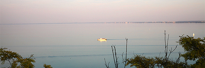 Озеро Балатон на закате, Тихань, Венгрия. гид по Будапешту