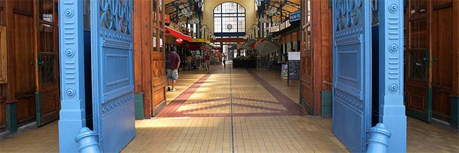 Главный вход на рынок Йожефвароша, Будапешт